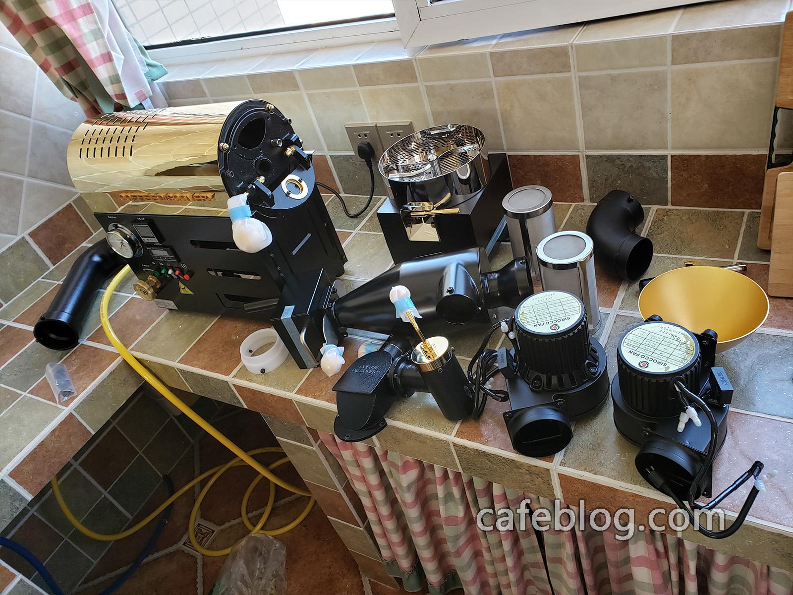 开始安装DISCOVERY咖啡烘焙机。