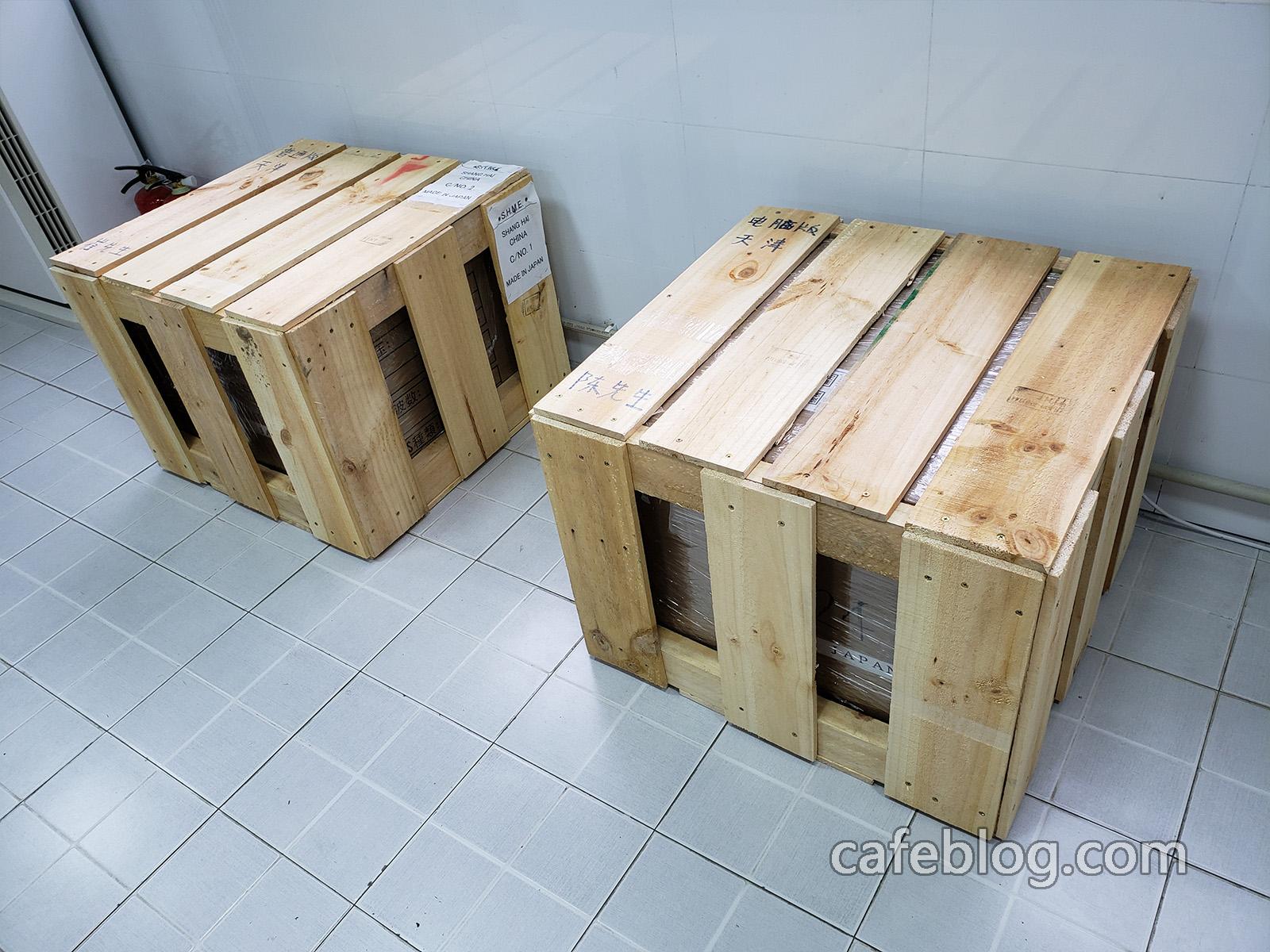 给客户的DISCOVERY咖啡烘焙机做了木箱了。